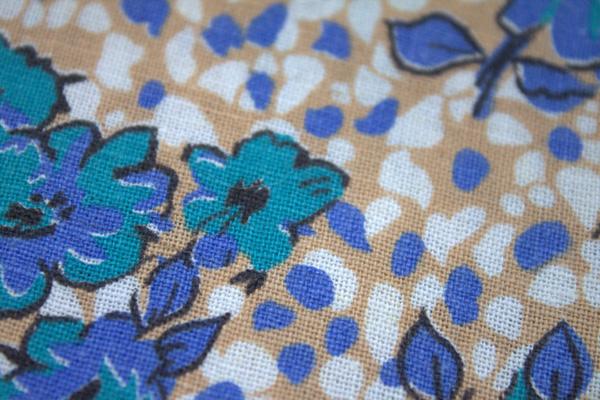 Loose weave in feedsack fabric