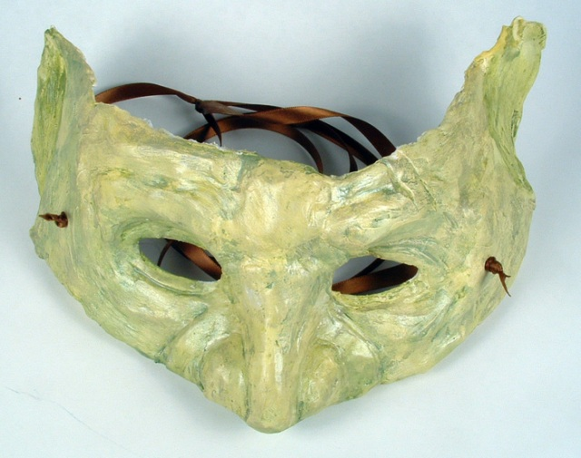 My goblin mask after painting.