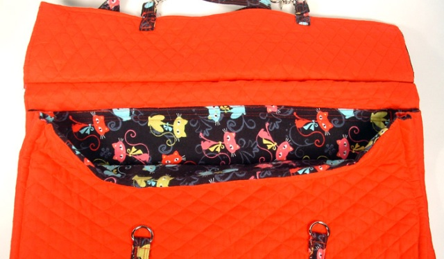 Photo showing inside of bag and cute kitten flannel fabric.