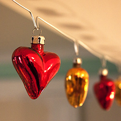 Glass Heart Garland