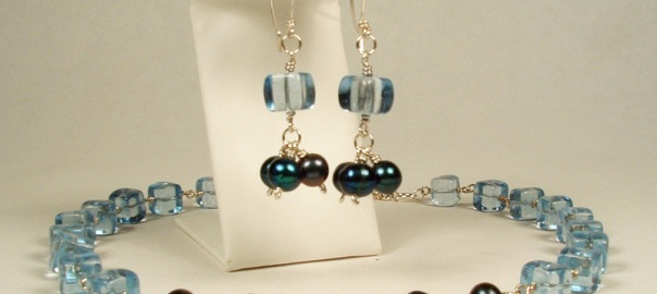 Blue Cube and Pearl Necklace Set