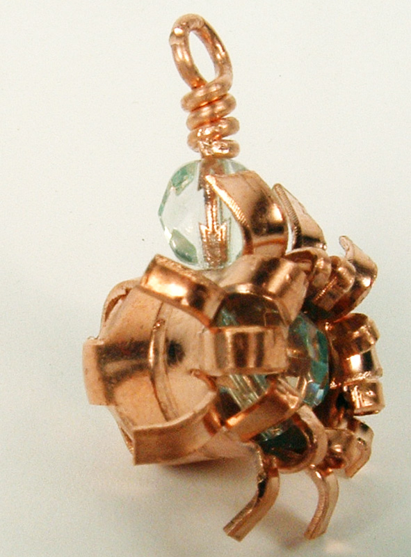 Side view of the alternate copper pendant.