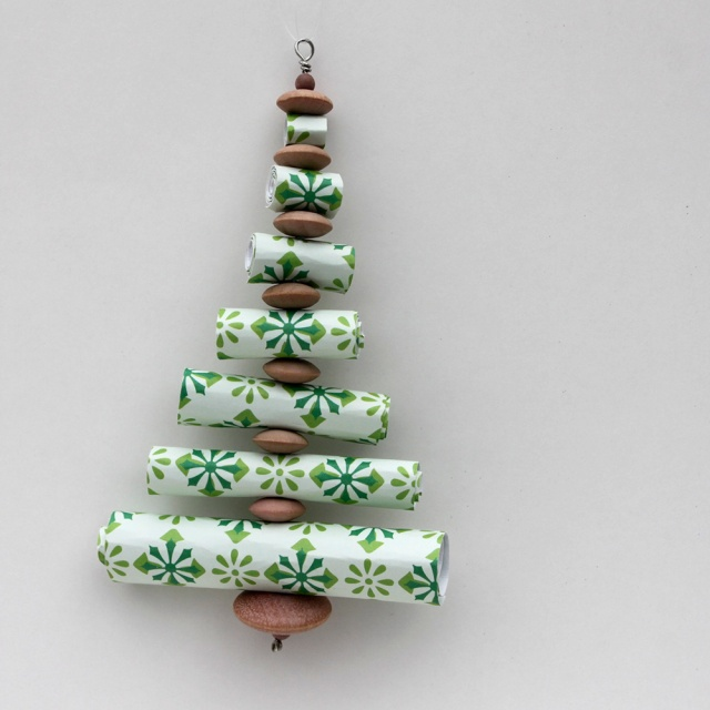 Use rolled scrapbook paper to make this ornament.