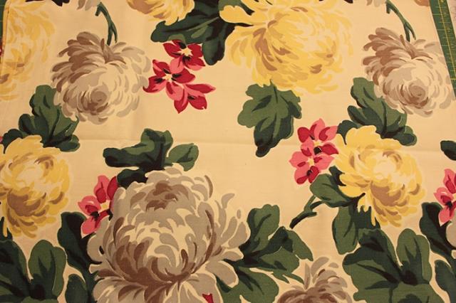 Vintage floral twill