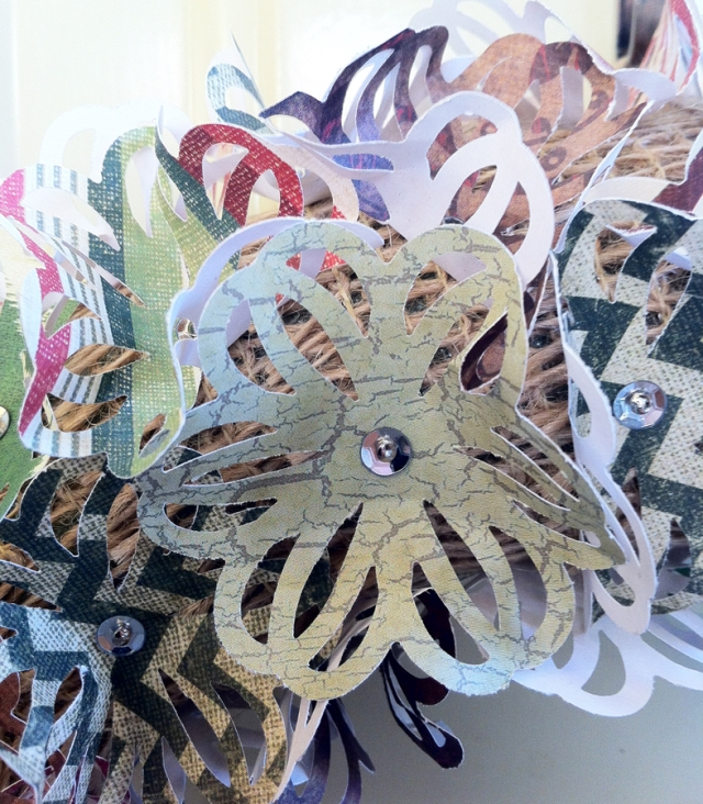 Paper Wreath Close Up with Burlap2