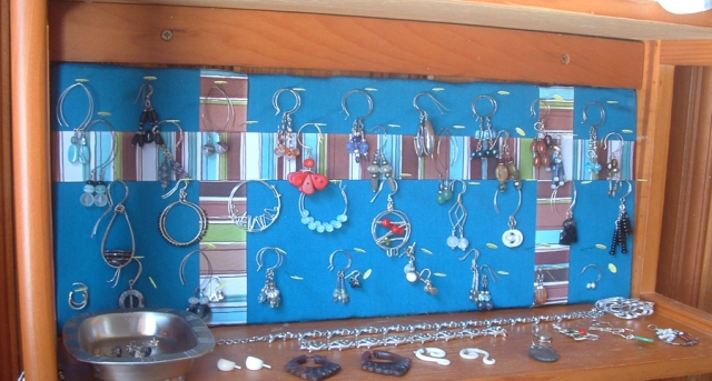 Completed earring display in place and full.